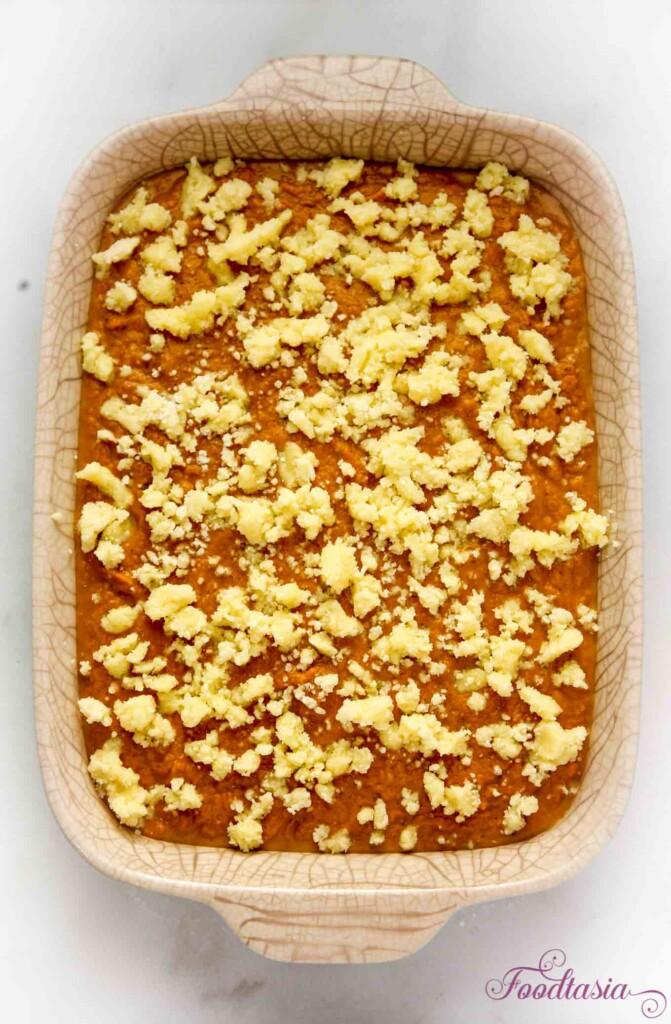 Pecan Crumble Pumpkin Cake