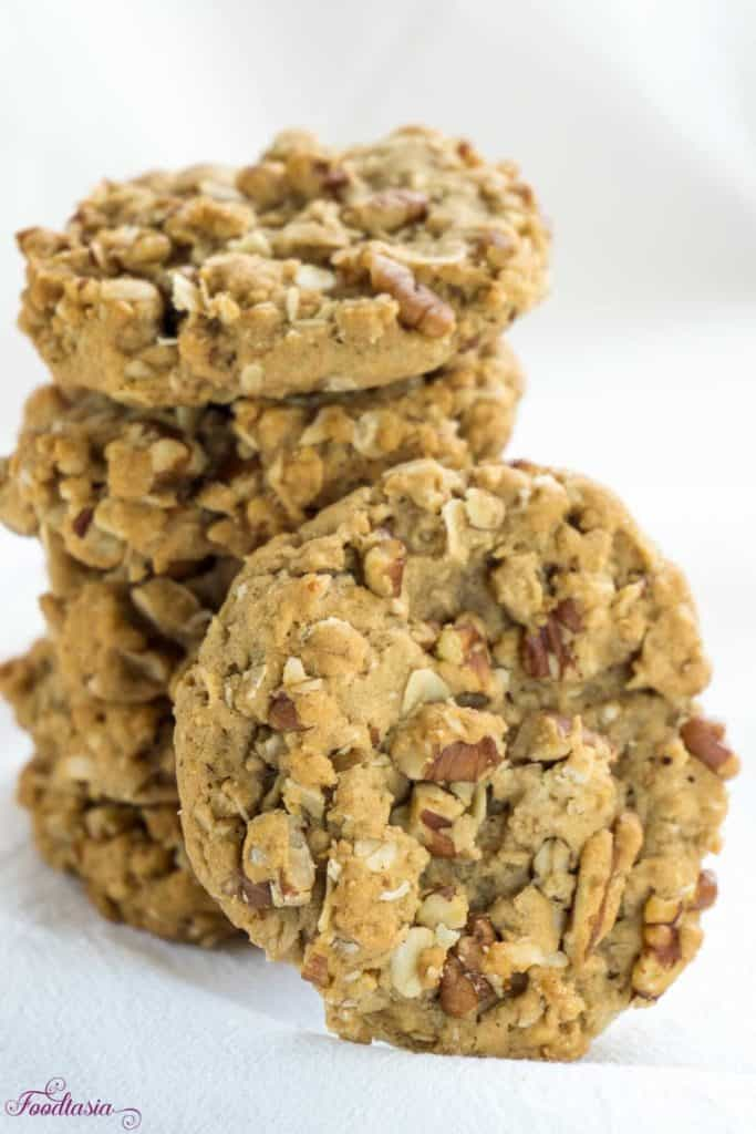 Maple Pecan Oatmeal Cookies