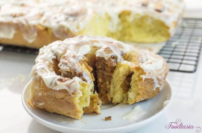 Pumpkin Cinnamon Rolls with Pumpkin Butter and Cream Cheese Glaze