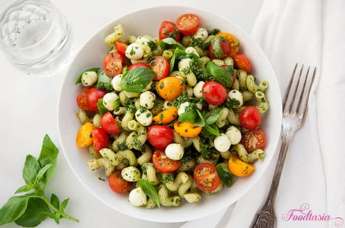 Pasta Caprese with Pesto, Cherry Tomatoes, and Fresh Mozzarella