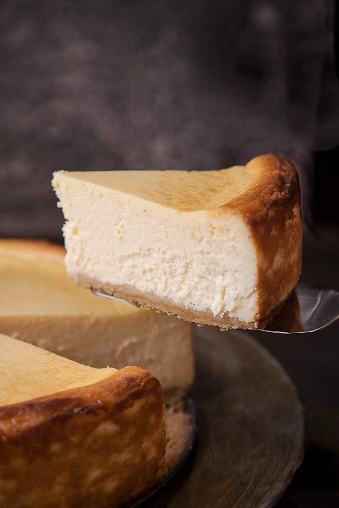 Classic New York Cheesecake | Foodtasia