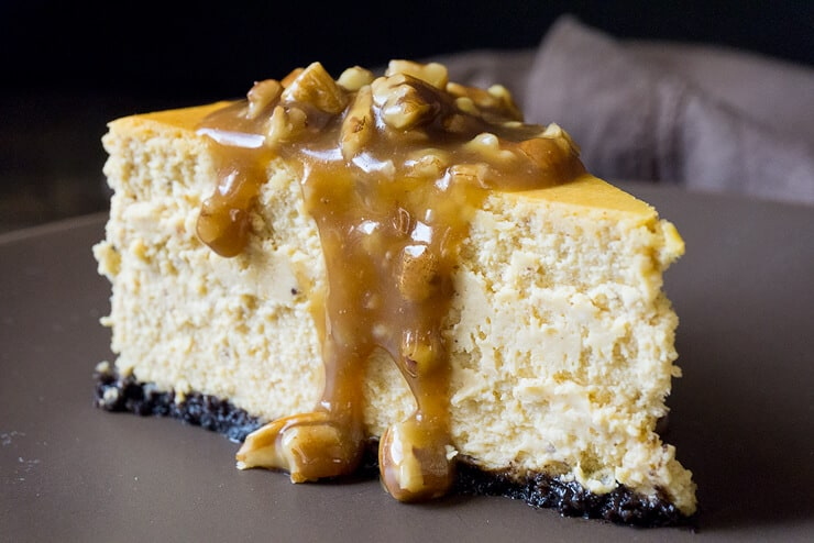Pumpkin Cheesecake With Pecan Praline Sauce Foodtasia