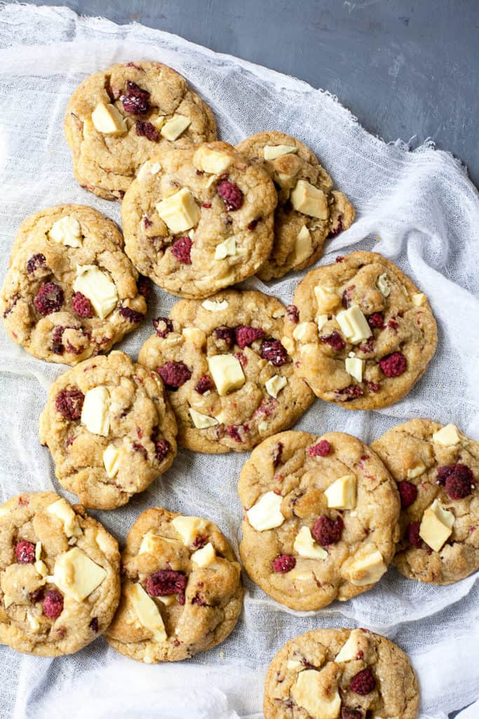This is what I wanted to taste when I bit into that Subway White Chocolate Raspberry Cookie. But I didn't. So here's my vision of what White Chocolate Raspberry Cookies should be - thick and chewy cookies with chunks of white chocolate and tangy raspberries. A perfect flavor combination! Made from scratch - no box mix.