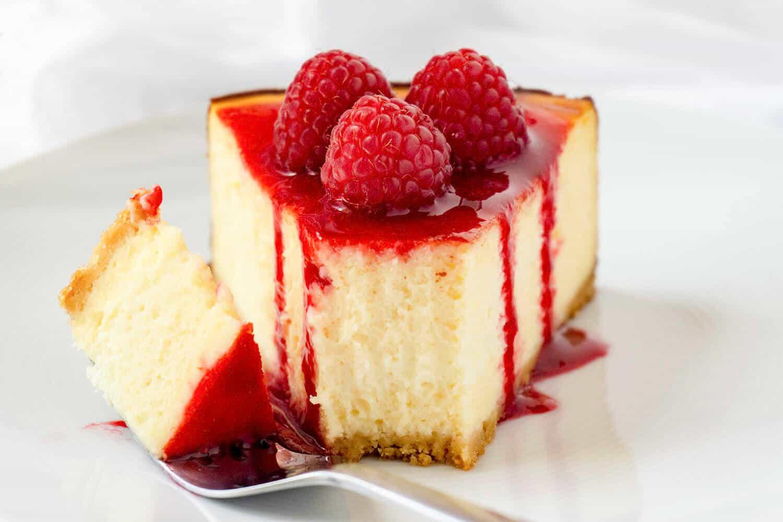 White Chocolate Raspberry Cheesecake Foodtasia