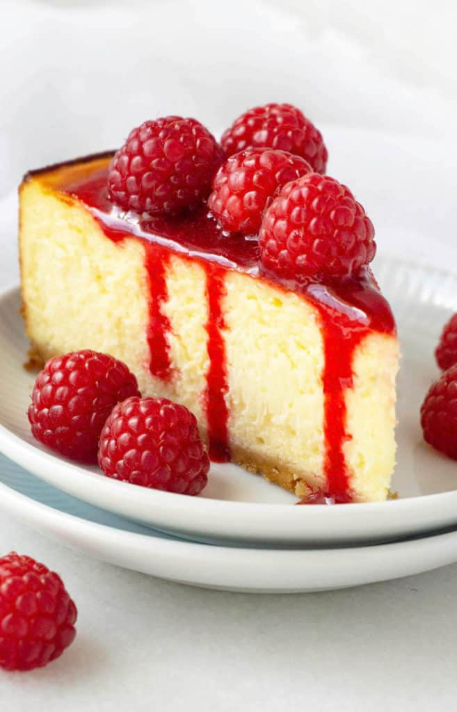 White Chocolate Raspberry Cheesecake Foodtasia