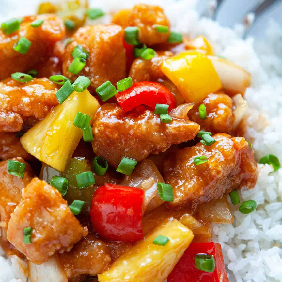 Better-than-Takeout Sweet and Sour Chicken (with video) | Foodtasia