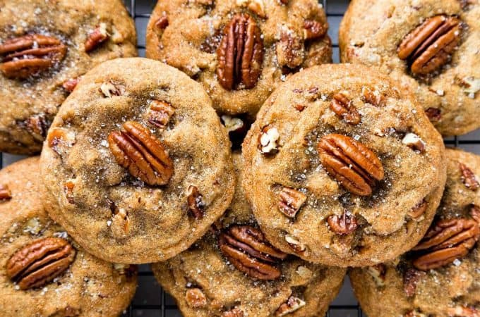 Browned Butter Pecan Cookies are packed with buttered pecans, nutty browned butter, and caramely brown sugar - with crisp edges and rich, chewy centers. #cookies #butter #pecan #easy #recipe #from scratch #best #chewy #soft #christmas #holiday